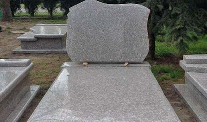 Как выбрать надгробный памятник?